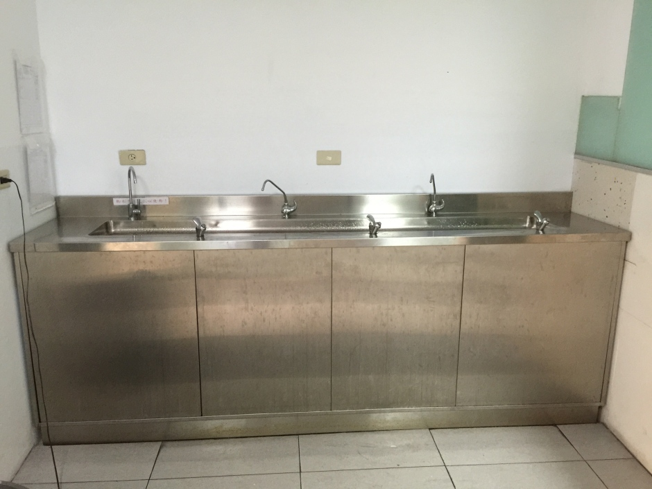 大山淨水葳格高中附設小學迦拿生飲系統3