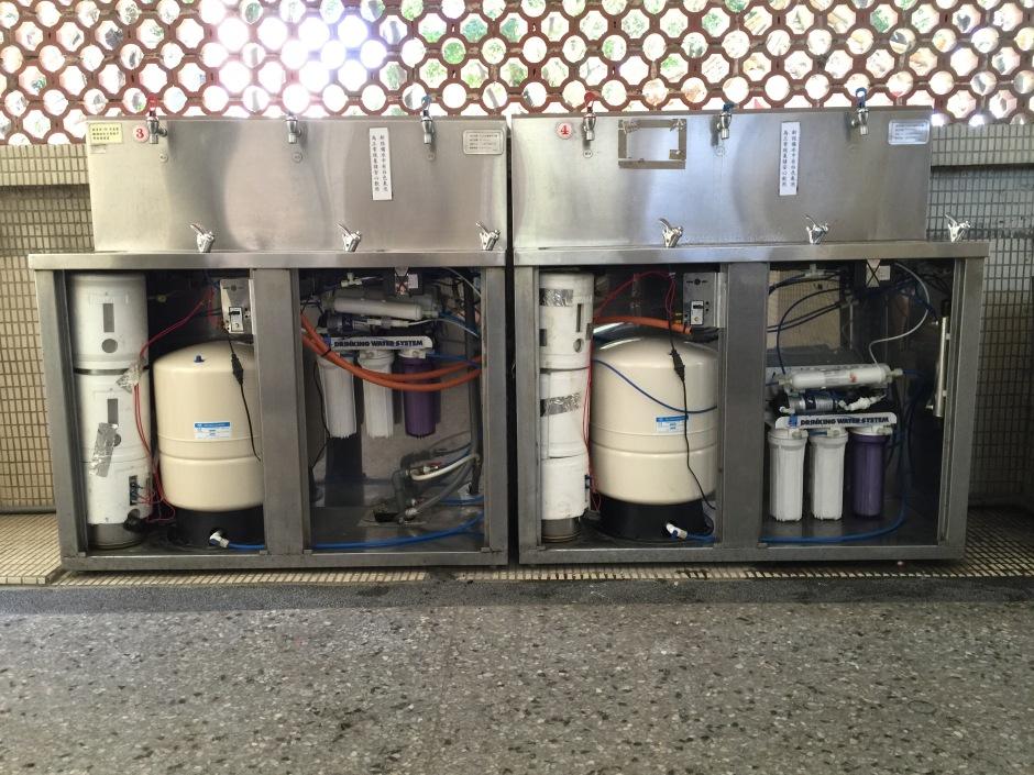 大山淨水衛道高級中學迦拿生飲系統